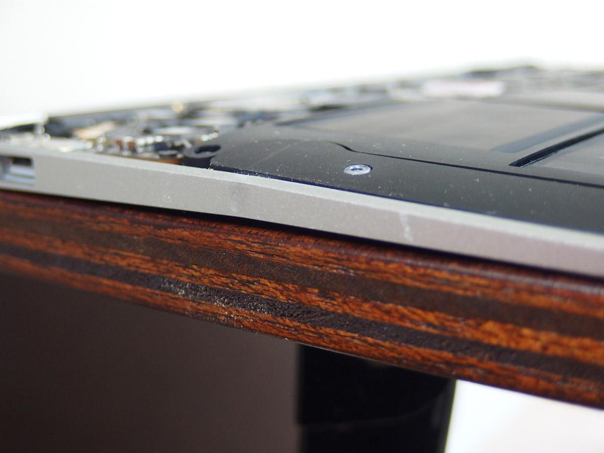 macbook air 変形補修